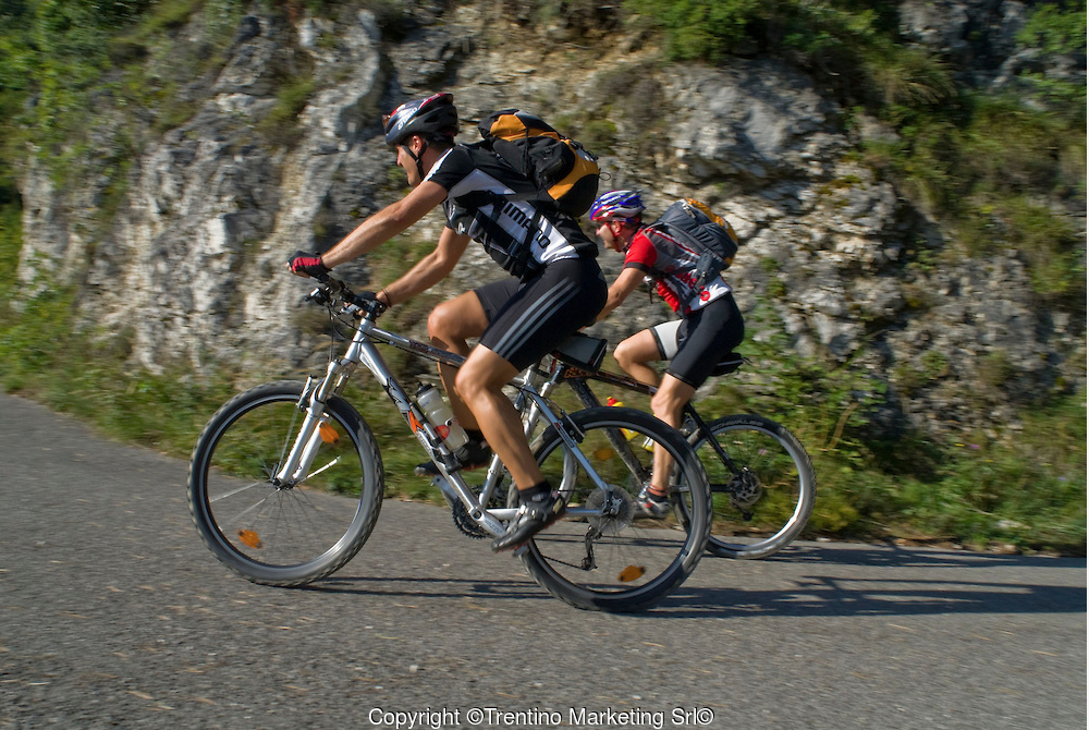 Offers mountainbike lake garda