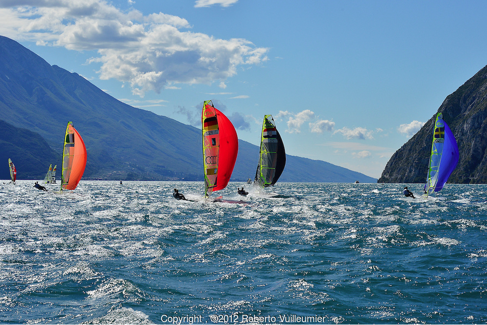 Lake Garda is for this reason a desired destination for all the sailing enthusiasts.